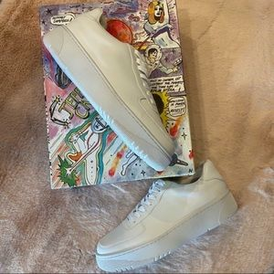 NEW Jeffrey Campbell Court Sneakers